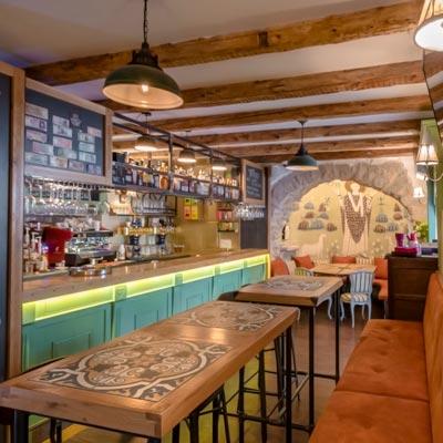 King's Caffe Food Pub Malinska - Interior